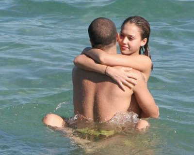Jessica-alba-having-sex03